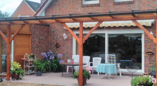 PVC Lichtplatten für Terrassenüberbau